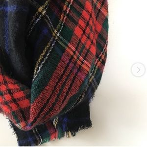 NWT Old Navy plaid blanket scarf navy red wrap